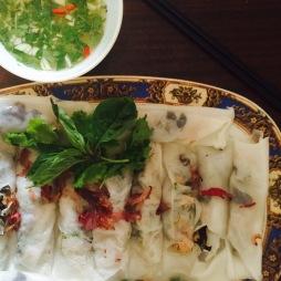Bánh cuốn, Vietnamese